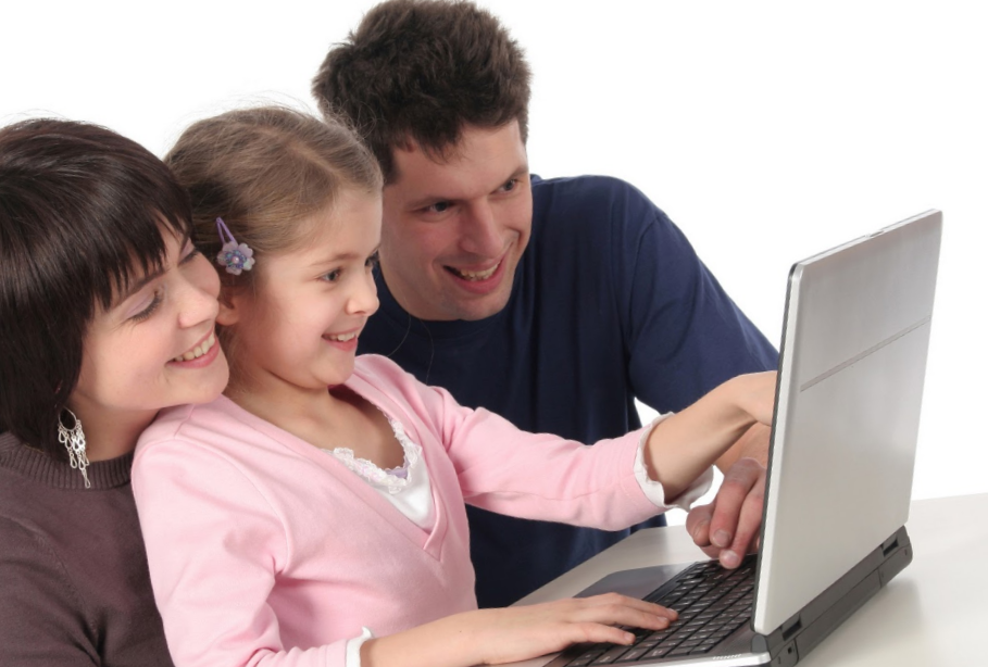 Учить ребёнка использовать интернет правильно